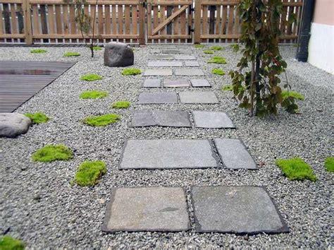 amenagement allee de jardin  chemin de pierre en  idees