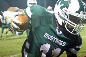 Mustang tough: Mount View goes on offensive in homecoming ...