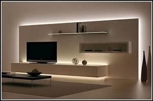 Dekoration Wohnzimmer Modern : wohnzimmerwand selbst gestalten ~ Indierocktalk.com Haus und Dekorationen