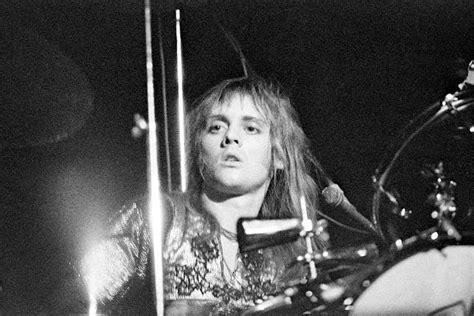 Copridivano Genius Queen : Forty Years Of Glam-rocking Genius