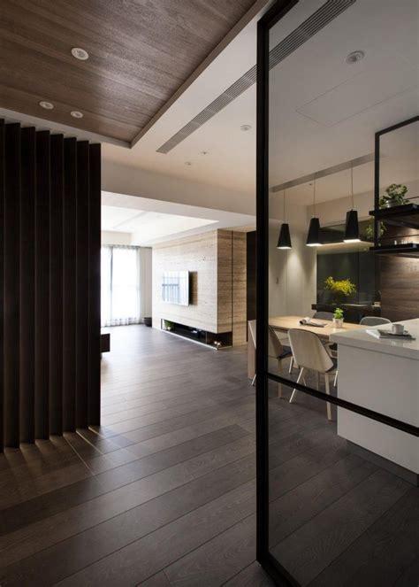 miroir plafond chambre parquet foncé lambris bois et parement en 25 photos