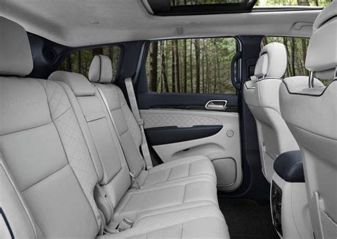 jeep cherokee 2018 interior 2018 jeep grand cherokee release date price review