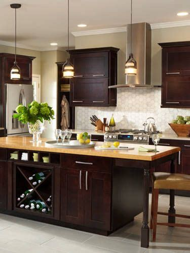 additional kitchen storage 17 best ideas about american woodmark cabinets on 1161