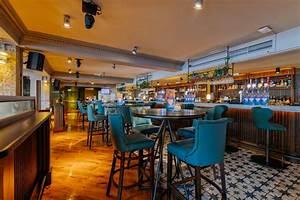 Revolution, Bar, Lavender, Hill, Clapham, Junction, London, Reviews