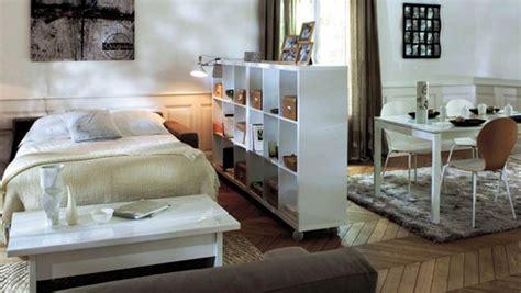 petits espaces aménager un coin chambre dans salon