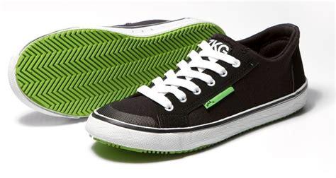 Zhik Boat Shoes by Zhik Zkg Boat Shoe Czarne Zielona Podeszwa Odzież