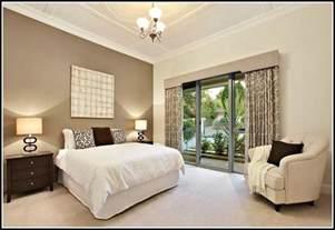 schlafzimmer wnde ideen schlafzimmer farbgestaltung in apricot farbe grauer nachttisch origibelle wnde streichen ideen