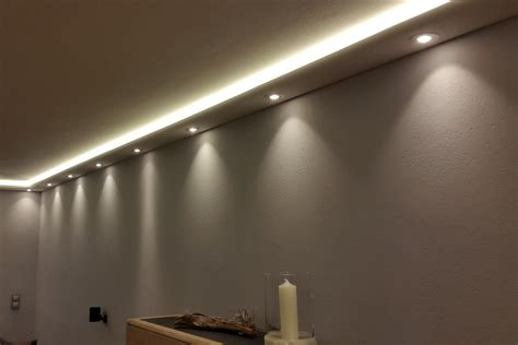 Led Decke Indirekte Beleuchtung by Stuckprofile Wdkl 200a St F 252 R Indirekte Beleuchtung Wand
