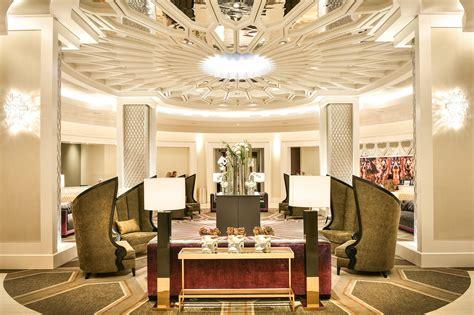 Priscilla Presley Opens Hotel