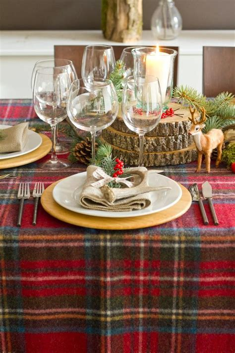 dinner table decoration ideas 28 christmas dinner table decorations and easy diy ideas
