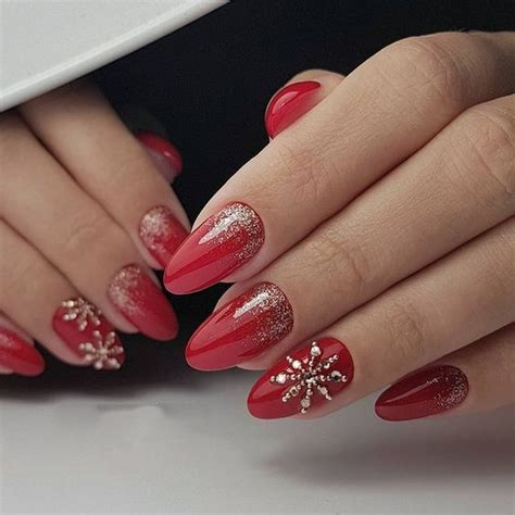 The 18 nail trends to wear for winter 2020. Christmas Nail Trends 2020   Best New 2020