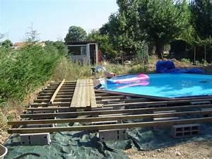 piscine semi enterree terrasse bois ju56 jornalagora With terrasse piscine semi enterree 3 comment amenager les alentours de sa piscine semi enterree