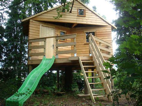chambre sur pilotis construction de notre cabane sur pilotis la cabane en