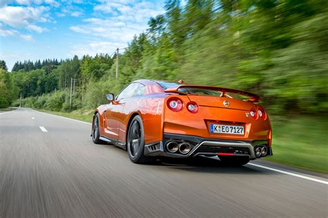 nissan skyline 2017 2017 nissan gt r reviews and rating motor trend