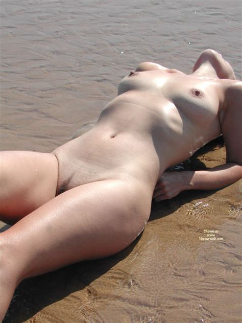 Nude Wife On A Beach February Voyeur Web Hall Of Fame