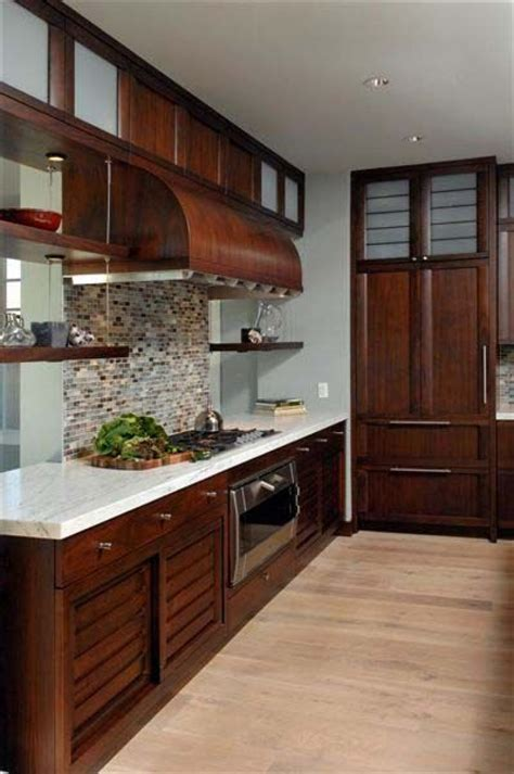 See more ideas about cherry cabinets kitchen, kitchen design, wood kitchen. Cherry Cabinets With Light Wood Floors: Dark Cabinets ...