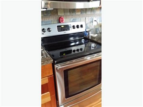 Kenmore Convection Electric Range North Saanich & Sidney