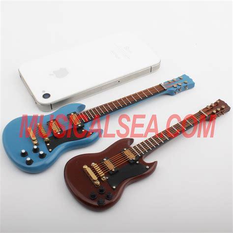 selling miniature wooden guitar toyminiature musical