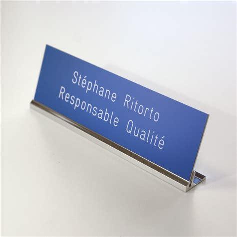 chevalet de bureau personnalisé etiquette gravée sur porte plaque de table direct