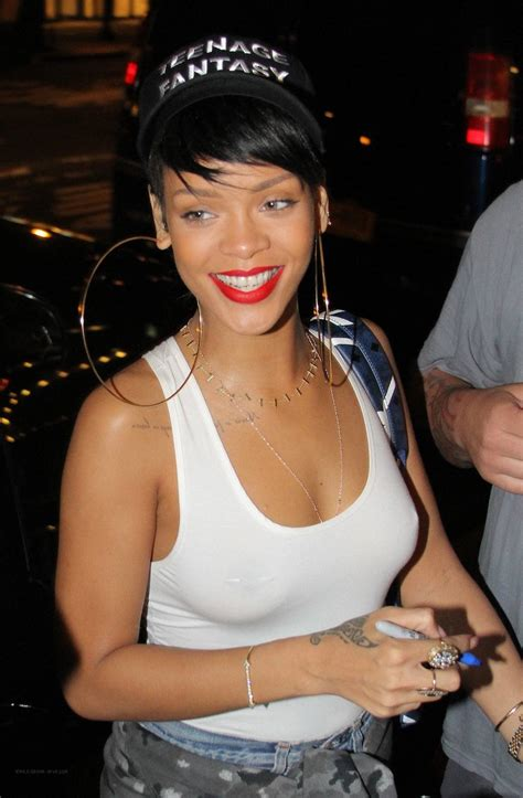 Rihanna Out In Nyc Oh No They Didnt Page 3
