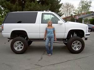 Liftedtahoequeen 1998 Chevrolet Tahoe Specs  Photos