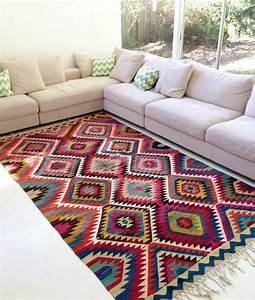vintage teppiche und tapeten vintage ist eine einstellung With balkon teppich mit bunte tapeten