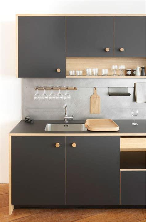 disenos de cocinas pequenas  sencillas  barra cocinas
