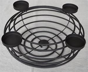 Große Kerzenständer Metall : adventskranz 40 cm aus metall mit kerzen kerzenst nder ~ Indierocktalk.com Haus und Dekorationen