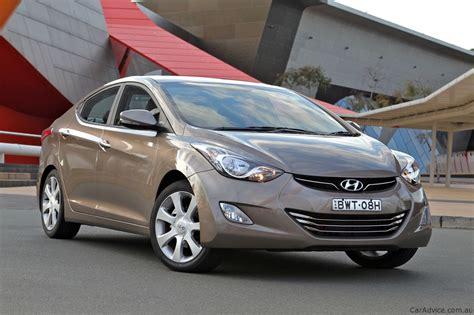 Reviews Of Hyundai Elantra by 2012 Hyundai Elantra Review Caradvice