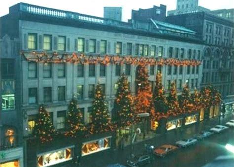 scranton pa xmas lights see the globe store in scranton light up again on dec 2 then shop its market through