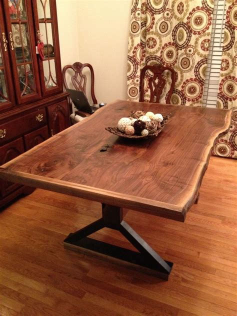 hand   edge dining room table  southern wood
