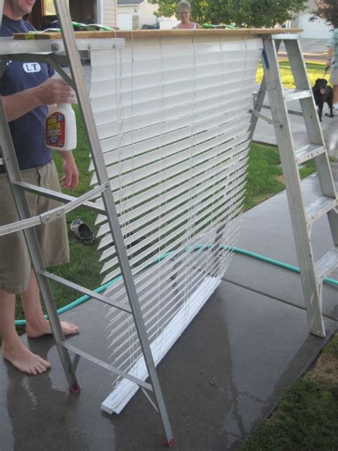 how to clean mini blinds how to clean your blinds cleaning