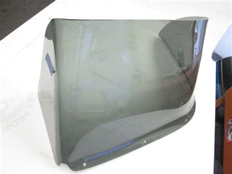 Skeeter Boats Windshield by Skeeter Boat Tinted Port Left Windshield 32 Quot Wide W