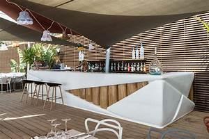 Bar Exterieur Design : bar d 39 exterieur bond restaurant le marais binome ~ Melissatoandfro.com Idées de Décoration