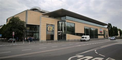Bonn 900 Glaselemente Werden Ausgetauscht  Neues Dach