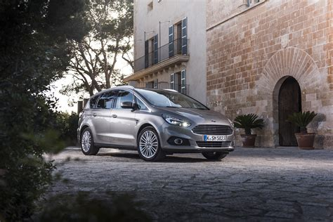 ford leasing privat leasing lohnt sich jetzt auch f 252 r privat carexy