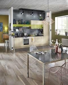 Carrelage Imitation Parquet Cuisine : rev tement sol cuisine 19 mod les de sol pour une cuisine au top c t maison ~ Dallasstarsshop.com Idées de Décoration