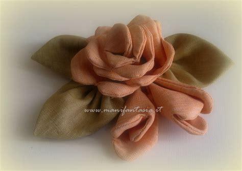 cucito creativo fiori di stoffa rosa di stoffa fai da te cucito creativo manifantasia