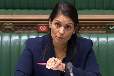 Priti Patel unveils new points based immigration system ...