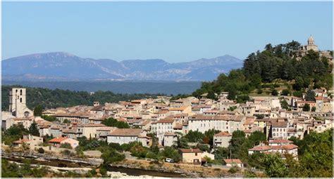 chambre de villa forcalquier alpes de haute provence cap voyage