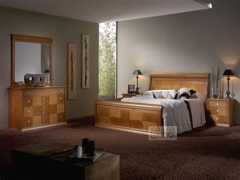 chambre coucher en bois massif lit moderne en bois massif mzaol com