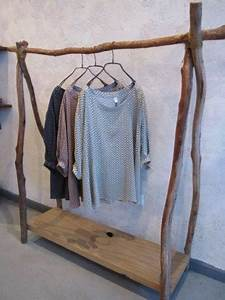 Portant Vetement En Bois : diy de portant en bois d co hyper styl id es faciles r aliser ~ Teatrodelosmanantiales.com Idées de Décoration