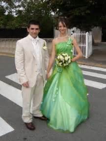 robe de mariã e verte robe de mariée verte et blanche