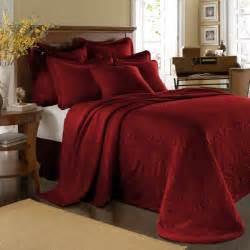 best 25 red bedspread ideas on pinterest bohemian