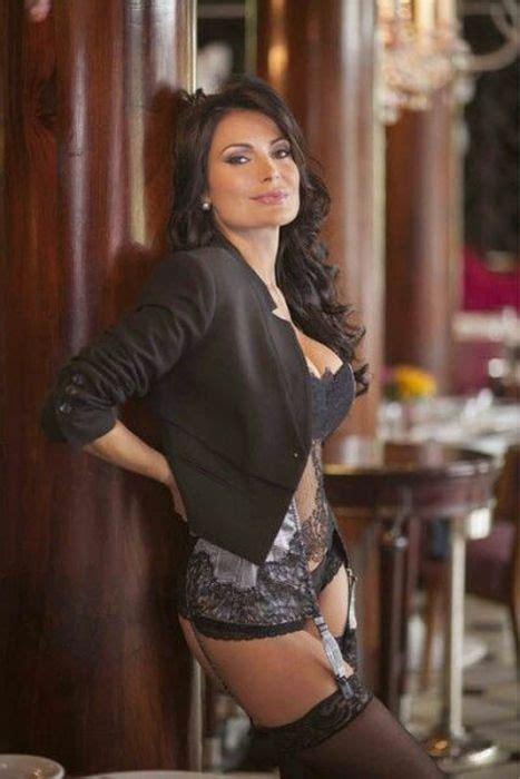 Hot Girls In Lingerie 61 Pics