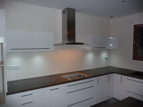poser cuisine ikea excellent meuble pour poubelle ikea cuisine meuble cuisine