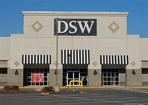 Dsw Shoe Store, Saugus, Massachusetts.jpg