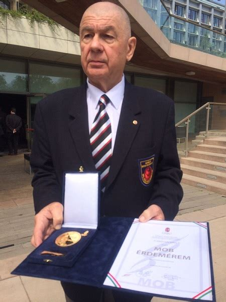 Furkó kálmán mind a magyar honvédségen belül, mind a magyar harcművészeti életben felbecsülhetetlen jelentőségű örökséget. Shihan Kálmán Furkó was recognized as an honorary member ...