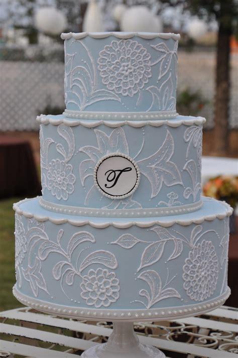 vintage inspired wedding cake  monogram light blue