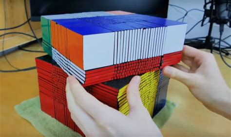 worlds largest rubiks cube     squares